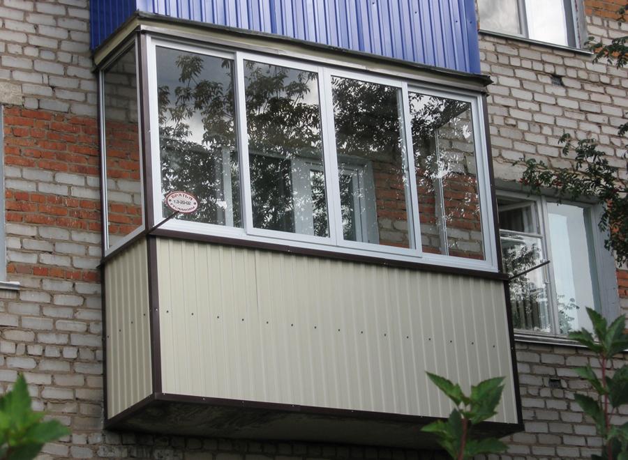 Оформление балкона снаружи фото..